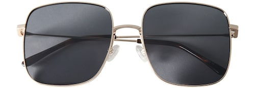 Solglasögon från Carin Wester i retromodell. Klicka på bilden och kom direkt till solglasögonen.