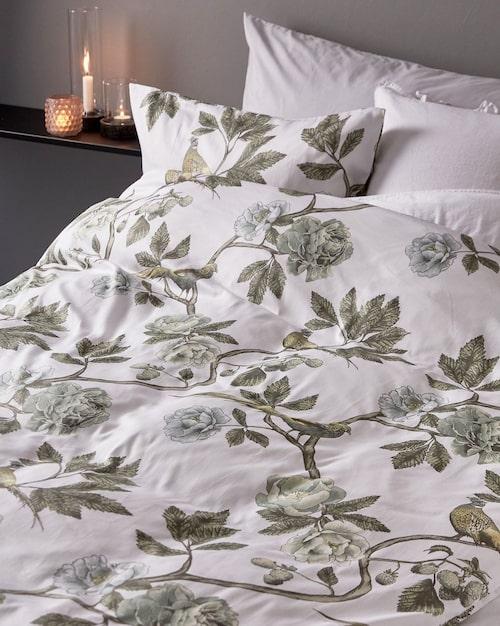 Sängkläder i satin från Hemtex.
