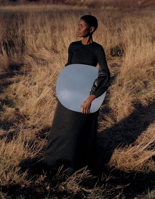 Tidlös klänning av bomull, 3 495 kr, Rodebjer.
