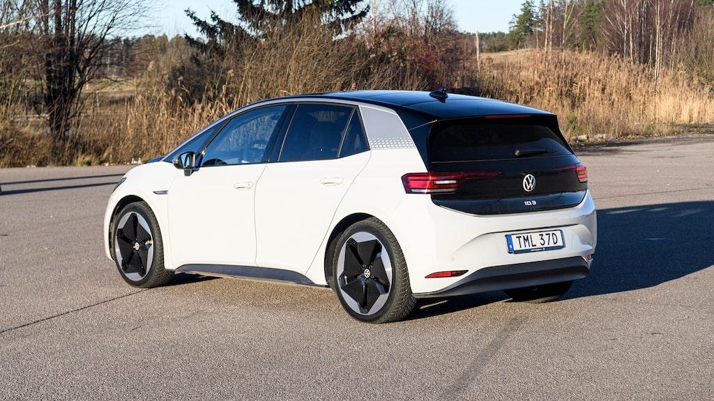 Ungefär lika stor som Golf lär ID.3 plocka VW-kunder internt. Upplagt för släktfejd!