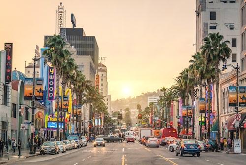Sedan paret avsade sig sina kungliga titlar bor de i Meghans hemstad Los Angeles.
