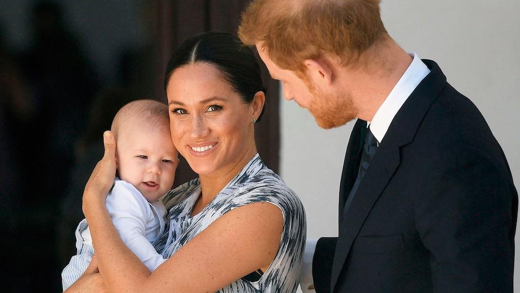 Meghan Markle med sonen Archie och maken prins Harry.
