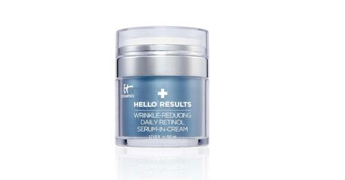 Serum och ansiktskräm i ett från It Cosmetics.