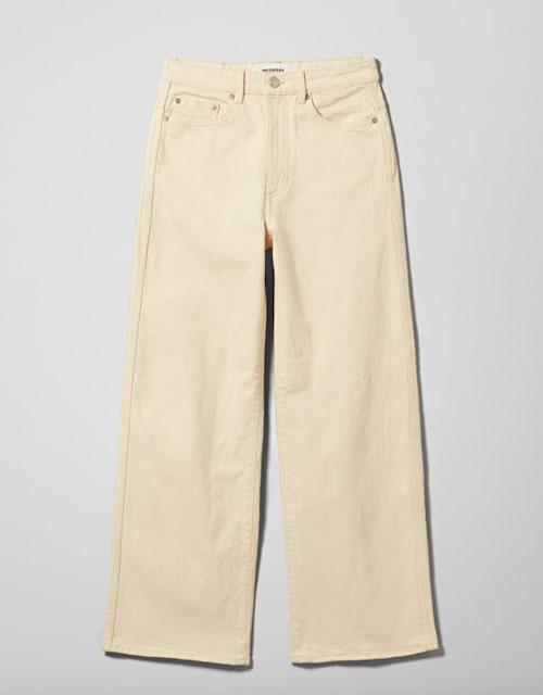 Beige jeans från Weekday.