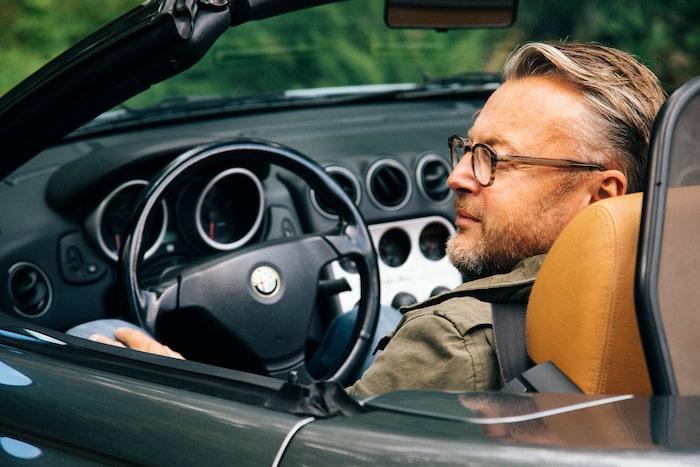 Alfisti, ja visst! Hedberg gillar alla bilar, till och med italienska.