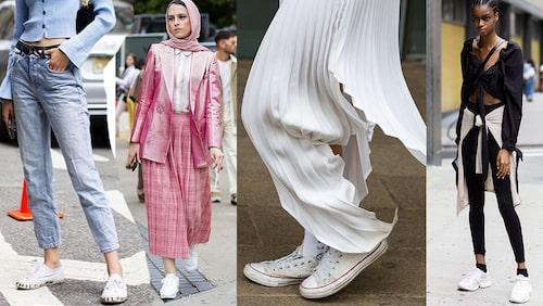 Vita sneakers gör sig otroligt snyggt till alla typer av jeans. Alltid. Men du kan också bära dom till kjol och kavaj, till lång klänning eller till leggings och tajts. Och ja! Man kan ha svarta strumpor i dem och matcha vita sneakers till en helsvart outfit.