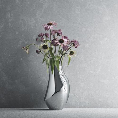 Sagolik vas i rostfritt stål från Georg Jensen.