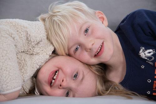 När Mirijam fick sitt andra barn, Juno, var hon sedan tidigare bortskämd med sonen Sigge som sovit nätterna igenom sedan han bara var några veckor gammal.