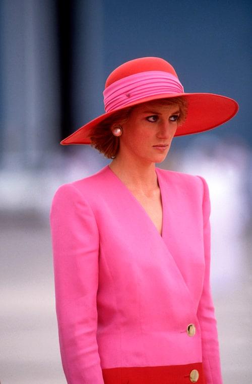 Prinsessan Dianas drömgarderob bestod till stor del av djärva färger, bland annat mycket rosa.
