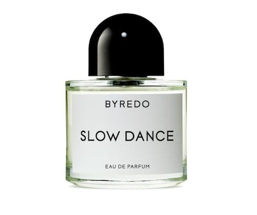 Kanske en parfym kan passa som julklappa till honom? Denna passar såväl pappa, brorsan som kärleken.