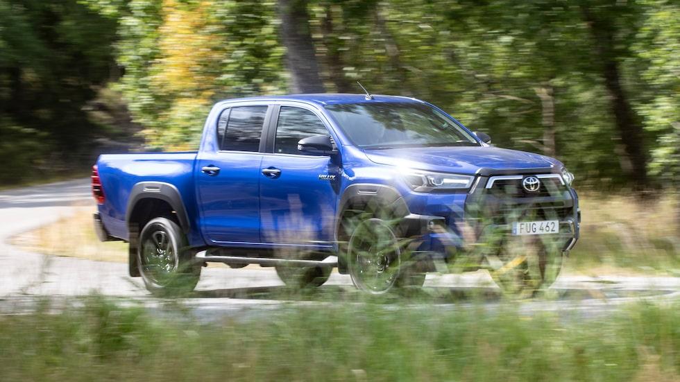 Med färre pickuper på den svenska marknaden talar allt för att Toyota tillåts dominera.