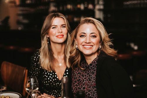 Två designers på samma bild! Valerie Aflalo, som driver klädmärket Valerie, samt Malin Ek Andrén som har By Malina.