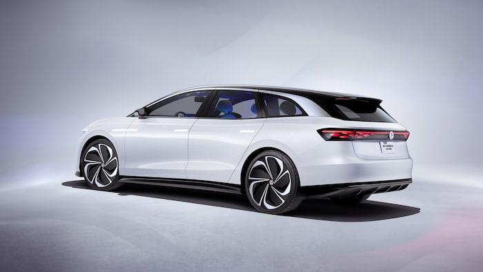Senhösten 2019 presenterade Volkswagen elektriska kombin ID. Vizzion.