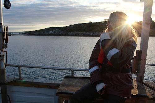 Jonna Bergh på väg ut på Kosterhavet en tidig morgon i september.
