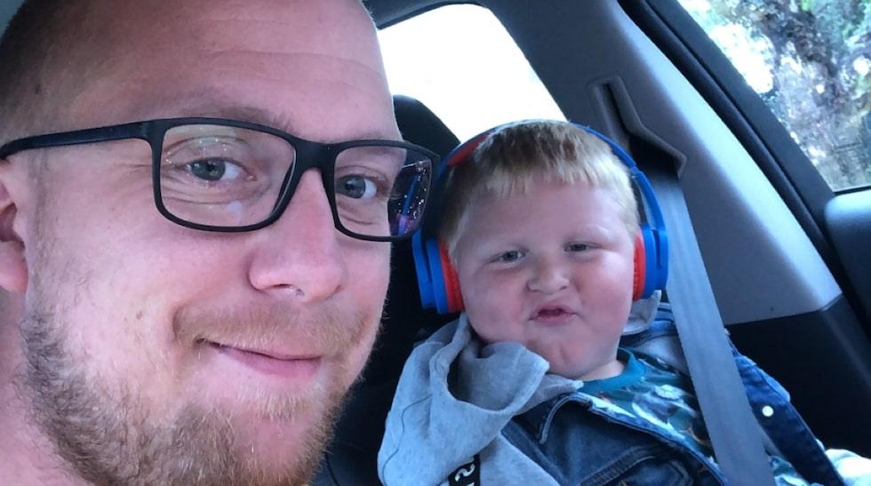 Emil med sonen Elis, 5.