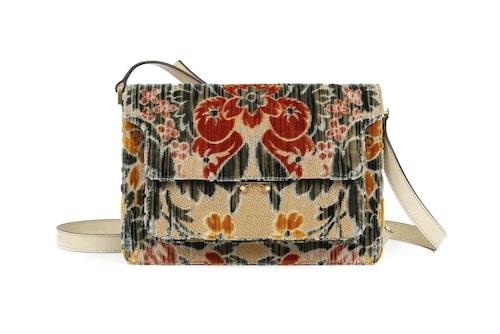 Väska Trunk sublime i venetiansk brokad, vävd på vävstolar från 1600-talet, för italienska modehuset Marni.