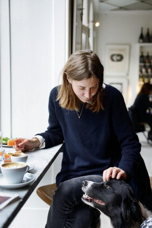 """""""Fika på Atelier September i tröja från Marni, skjorta från Acne, jeans från Cheap Monday och smycken från Sophie Bille Brahe."""""""