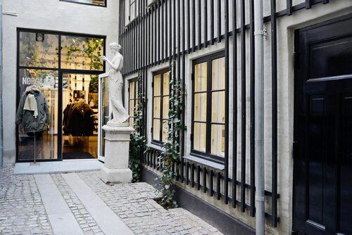 """""""Nørgaard på Strøget är ett givet stopp i Köpenhamn."""""""