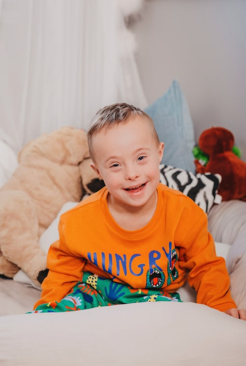 Julia Bergmans son Milan har Downs syndrom.