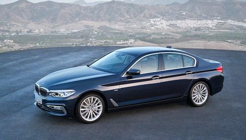 BMW 5-serie är bilen som flest söker efter på Blocket.