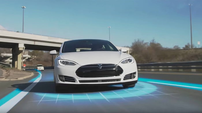 Teslas Autopilot har hamnat i blåsväder