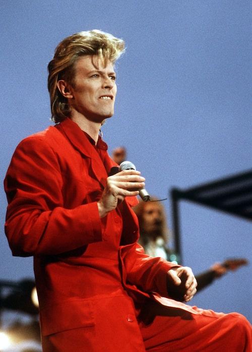Aino älskar David Bowies stil.
