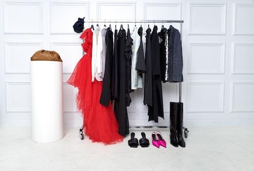 Hos Gemme Collective kan du hyra både klänningar, kostymer och skor.
