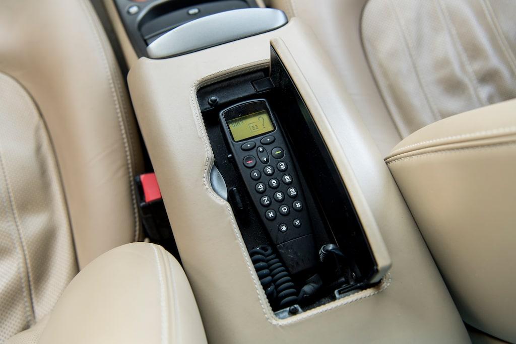 Telefonstorleken ger gammelbilkänsla.