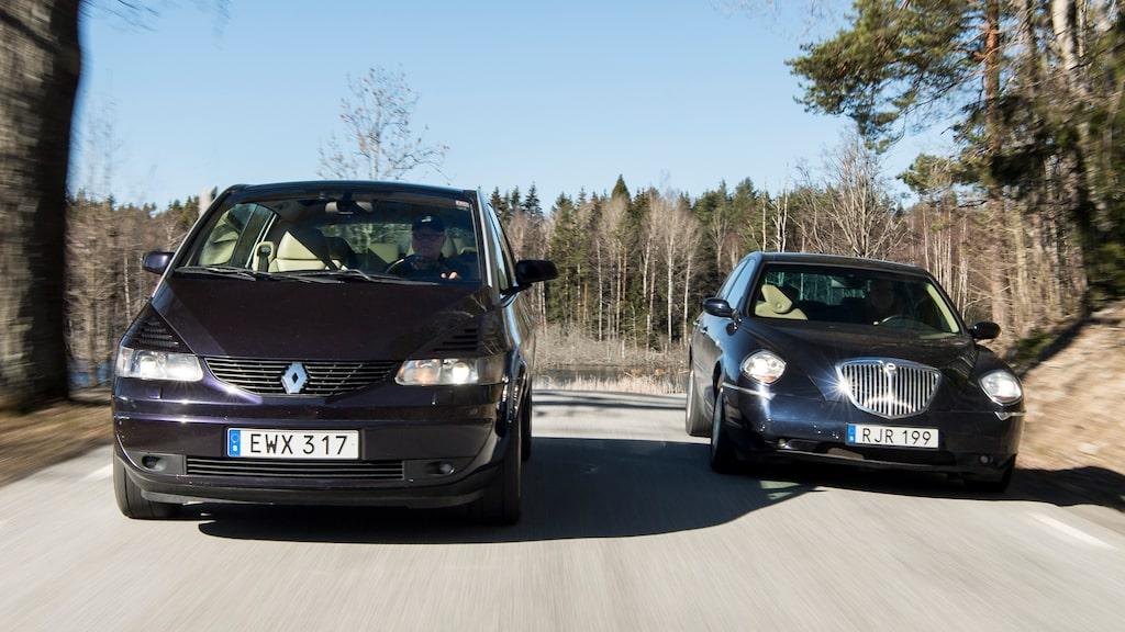 Nosarna har inte resulterat i särskilt många efterföljare på bilmarknaden. Men båda är snygga som synden!