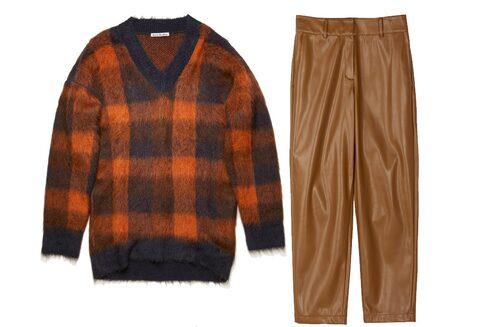 Höstmode 2020: stickad tröja och skinnbyxor.