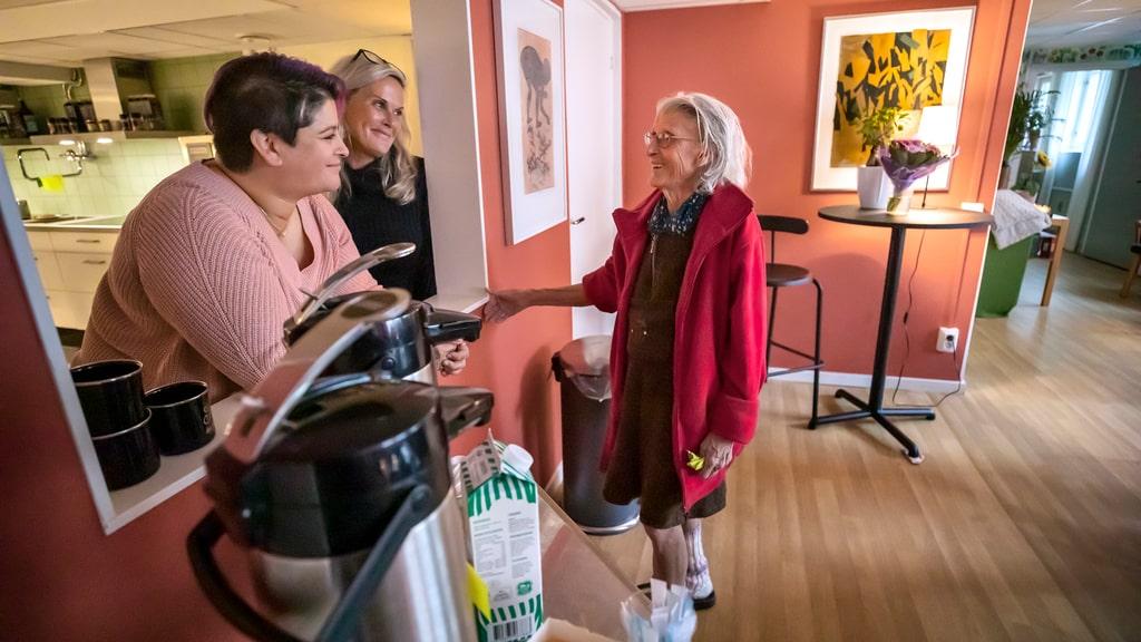 Hon startade fritidsgård för fattiga pensionärer
