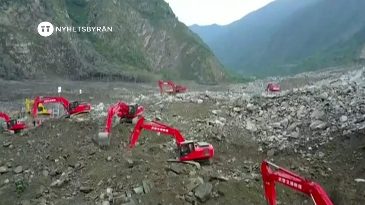 Manga saknas efter lerskred i kina