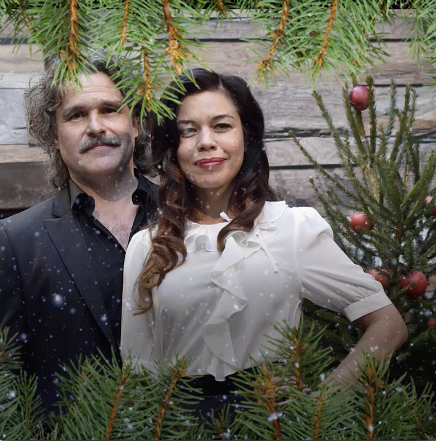 Julvardarna oense om att tanda ljuset i svt