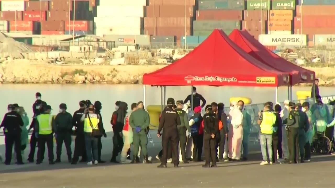 Fler migranter anlander till spanien