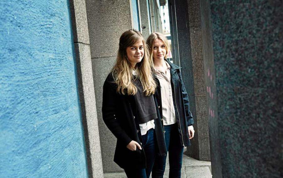 """Stephanie Hornewall och Ebba Ericsson, 18 år, ligger bakom """"Heartbeat"""", en konsert till förmån för barn med hjärtfel."""
