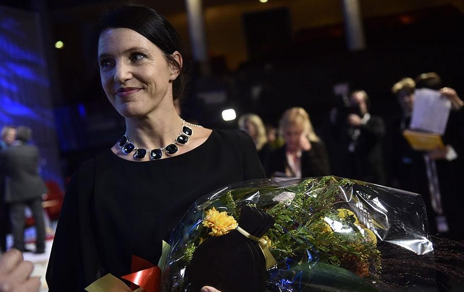 """Kristina Sandberg tiildelades det mest prestigefyllda Augustpriset, det för skönlitterärt verk. Hennes prisade roman heter """"Liv till varje pris""""."""