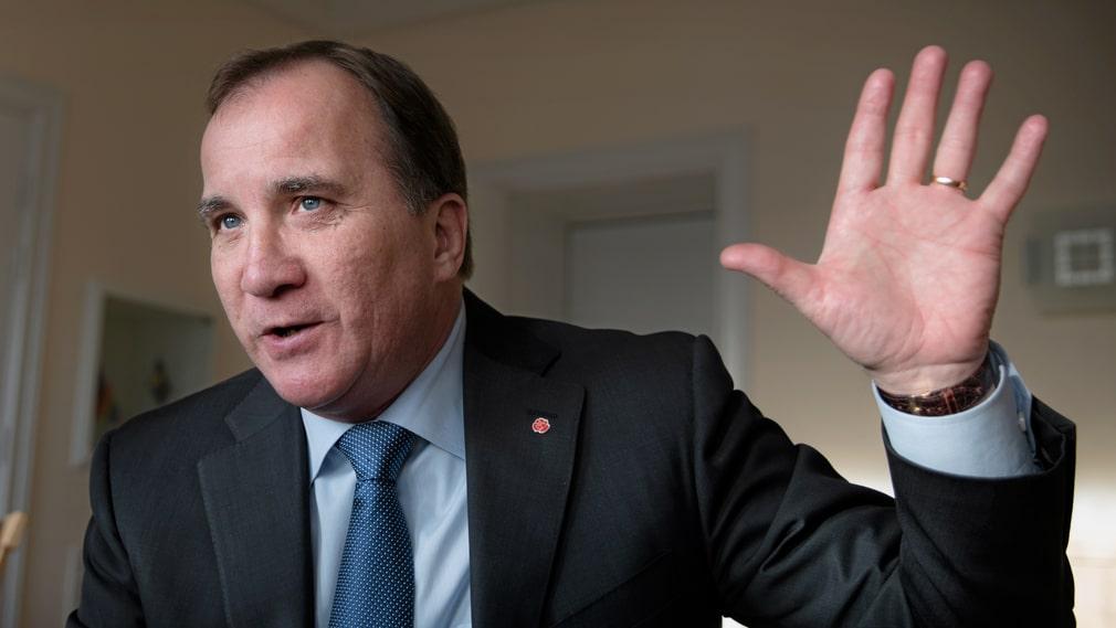 """""""Här är en värld och därute är en annan värld. Vi måste förstå det och vi behöver komma mycket närmare människor"""", säger statsminister Stefan Löfven om att politikerna i Stockholm måste möta väljarna."""