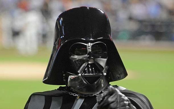 """Det skulle ta tid för Darth Vader att bygga vapnet """"Death star"""" på jorden."""