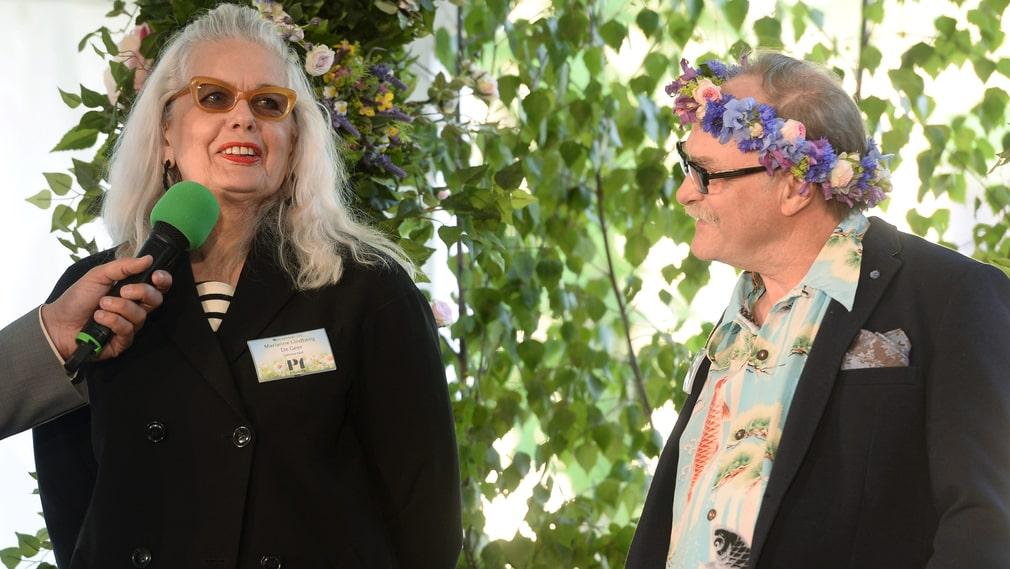 """Marianne Lindberg De Geer, konstnär, och Ove """"Doc Forest"""" Skog, tatuerare."""