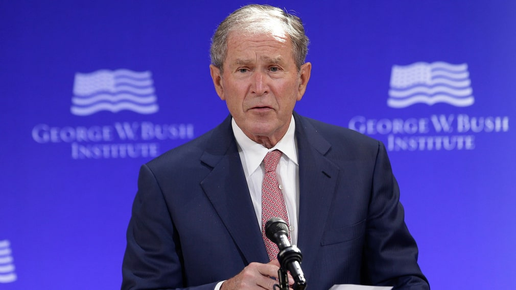 George W. Bush under sitt tal.
