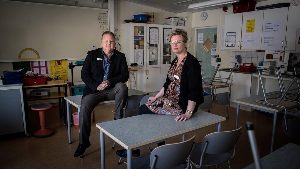 """Enligt rektorerna Göran Törnqvist och Madelene Goldmann finns det elever på deras skola som riskerar att radikaliseras av nazisterna. """"De omvänder huvudet på osäkra ungdomar. Läget är allvarligt"""", säger Göran Törnqvist."""