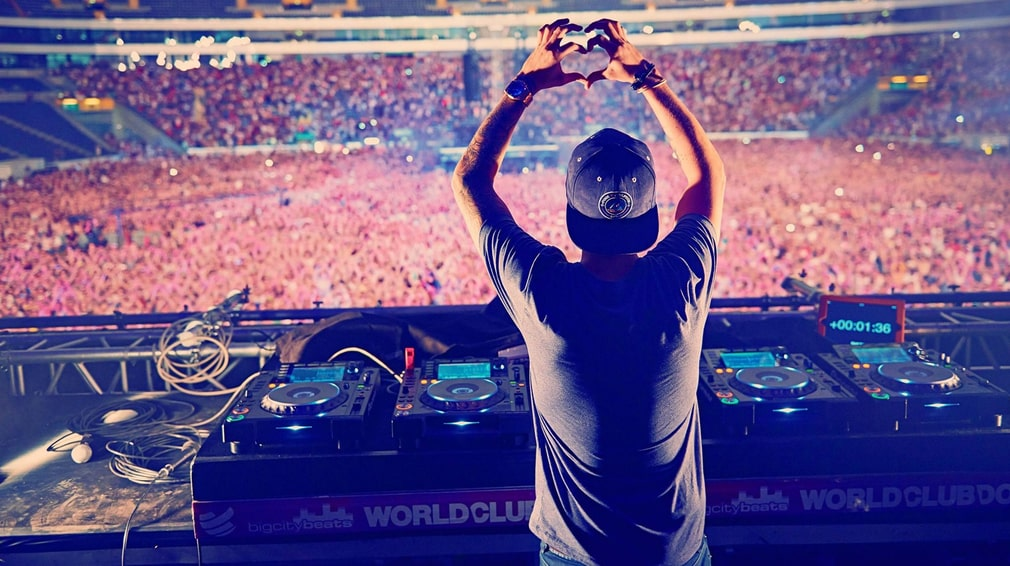 When Tim Bergling toured the most he did over 350 gigs in a year.