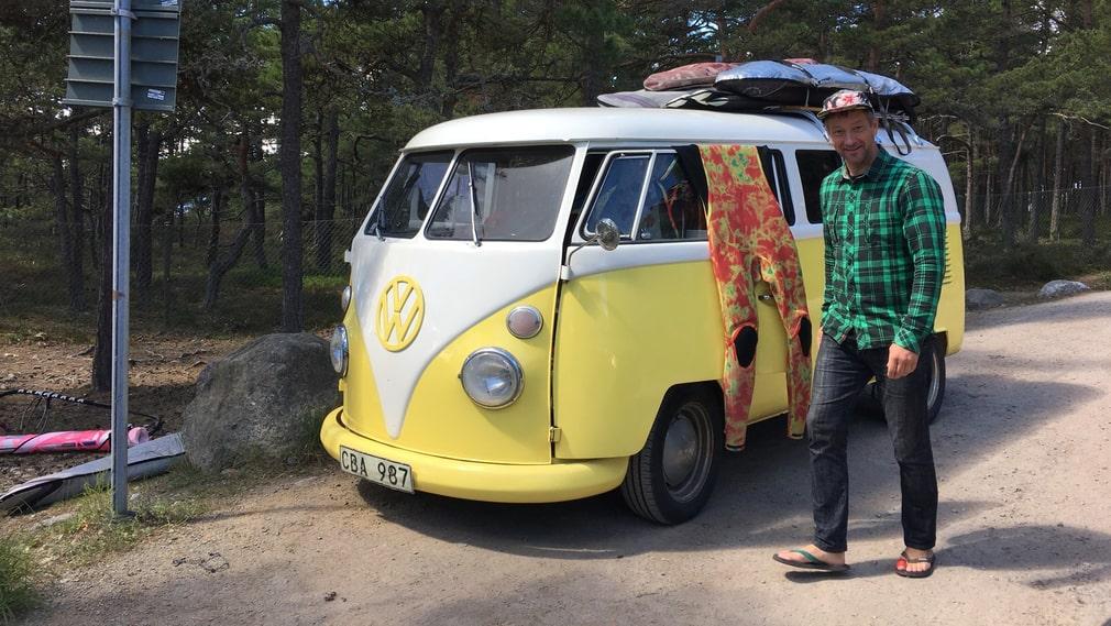 Jesper Blomberg är en av de surfare som besöker Torö regelbundet.