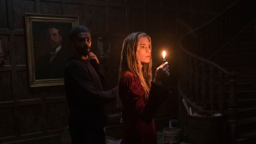 "Kingsley Ben-Adir och Brit Marling i ""The OA""."